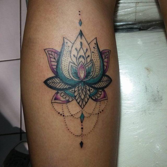 Tatuagem Feminina De Flor De Lótus Tattoomenu